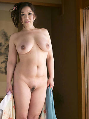 Mature women porn pictures