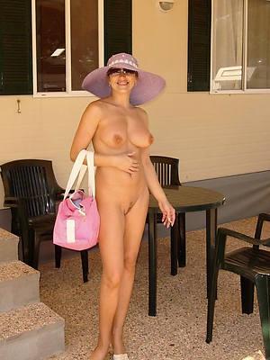 Horny women porn pics