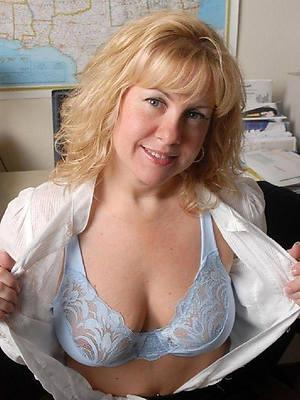 Mature amateur nude photos