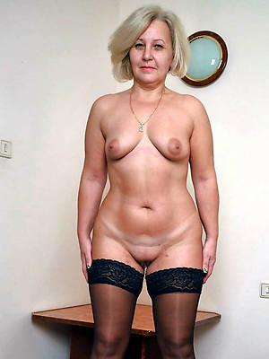 Hot mature nude pics