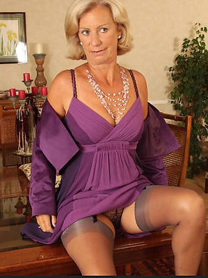Fresh mature porn photos
