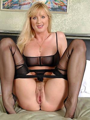 Nude mature xxx photos