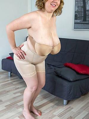 Mature beauty porn pics