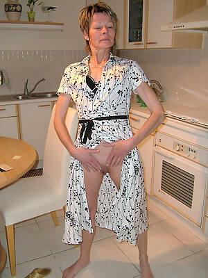 Sexy nude mature photo