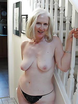 Hairy fat  porn photos