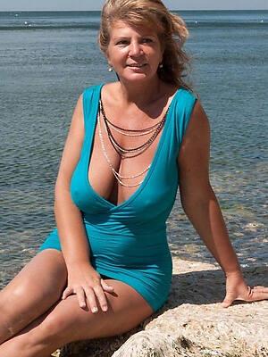 Amateur mature nude pics