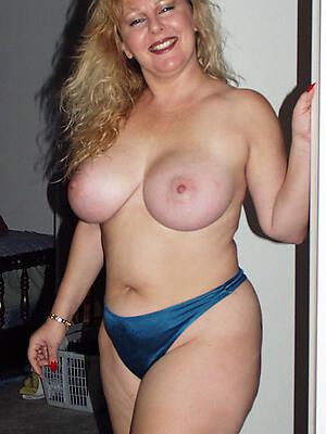 Naked mature free photos